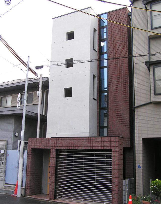 キューブ型 ルーフバルコニーのある家